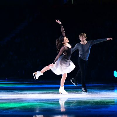 Pair Skating at Stars on Ice