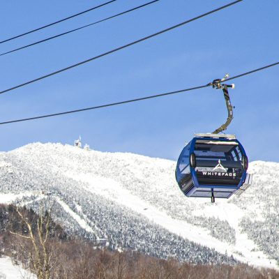 It's like a bird's eye view—in flight! Our eight-passenger Cloudsplitter Gondola