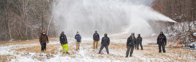 Snowmakers on Upper Valley.